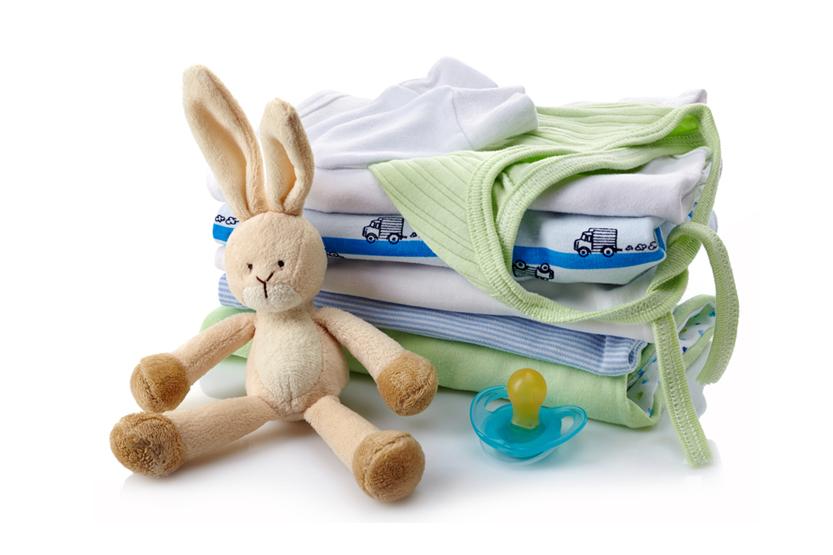 Bebeğinizin Dolabında Bulunması Gereken Kıyafetler