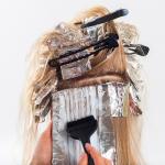 Hamilelikte Saç Boyamak Zararlı Mıdır?
